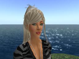 Suzy Daxter